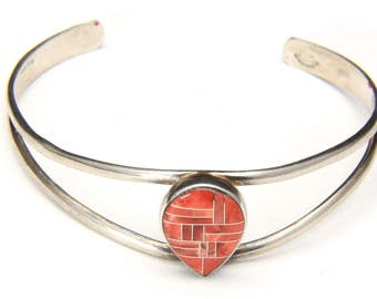 Vintage Zuni Sterling Silver Spiny Oyster Red Coral Inlaid Cuff Bracelet Bangle