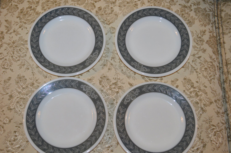 Vintage Pyrex Corning Decor 704 Tableware Grecian Gray Laurel 6 3/4 Inch Heavy Milk Glass Bread And Butter Plate ~ Restaurant Ware & Vintage Pyrex Corning Decor 704 Tableware Grecian Gray Laurel 6 3/4 ...