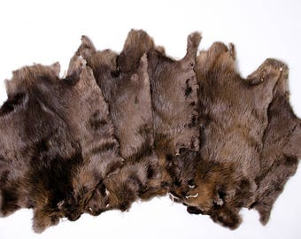Beaver pelt natural fur, game of thrones costume, medieval clothing viking costume, fantasy fur costume, pelt cape