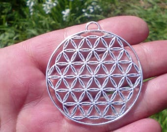 Silver Sacred geometry flower of life pendant. Silver plated flower of life pendant. Bohemian jewelry. 49x43mm charm.