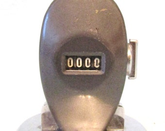 Vintage Collectible Counter, Table Top Counter, GPO Counter, Post Office Use, Enfield Made, Engineering Item, Working Counter, People Count