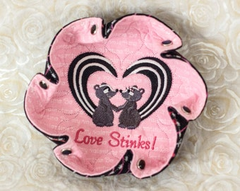 """Valentine Embroidered """"LOVE STINKS"""" Skunks on Pink """"Be My Valentine"""" print Katch-All Small Ruffle Hex"""