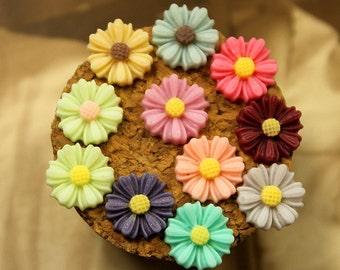11pcs  Wholesale Beautiful Mix Colorful Daisy Flower Resin Cabochon  -11colors  -9mm(CAB-CU -MIXSS)