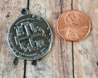 Cross Gunmetal Pewter Coin Charm or Pendant, Keychain,Purse, Backpack, Jewelry Supply