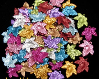 Wholesale. 360 Leaf Acrylic Charms. Matte Metallic Tone. Mix Colors