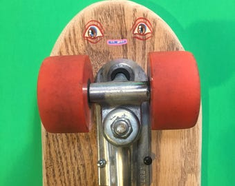 Brown eyed Skateboard Buddy