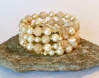 Mother of Pearl Bracelet Gemstone Bead Bracelet Bridal Bracelet Wedding Bracelet Beaded Cuff Bracelet Memory Wire Evening Bracelet Gift Her