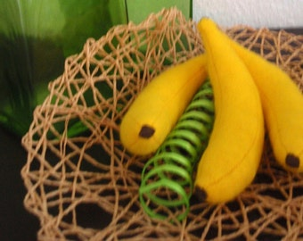 2 felt bananas