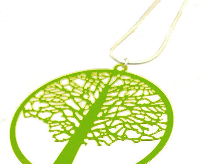 Enameled Filigree Tree Pendant in Green Apple