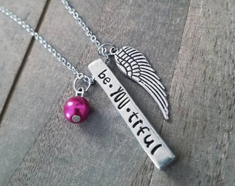 Be YOU tiful Bar necklace with angel wing and pearl charm