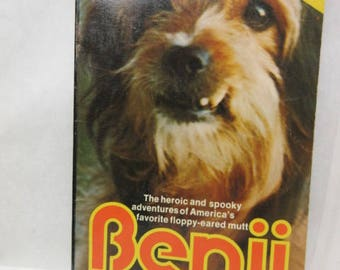 vintage book 1975, Benji kids book, black n white photos, a vintage dog story, vintage gift for her, blast from your past, collectible book