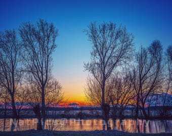 Gorgeous sunset, dreamy sunset, frozen lake, beautiful sunset, reflections in the Water, water reflections
