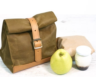 Olive lunch bag. Lunch box. School lunch bag. Waxed canvas and leather lunch bag. Picnic bag. Vintage style lunch bag.