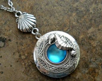 Seahorse Locket in Silver, Blue Lagoon Locket, by Enchanted Lockets