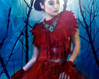 Victorian Feather Headpiece - Le Rouge