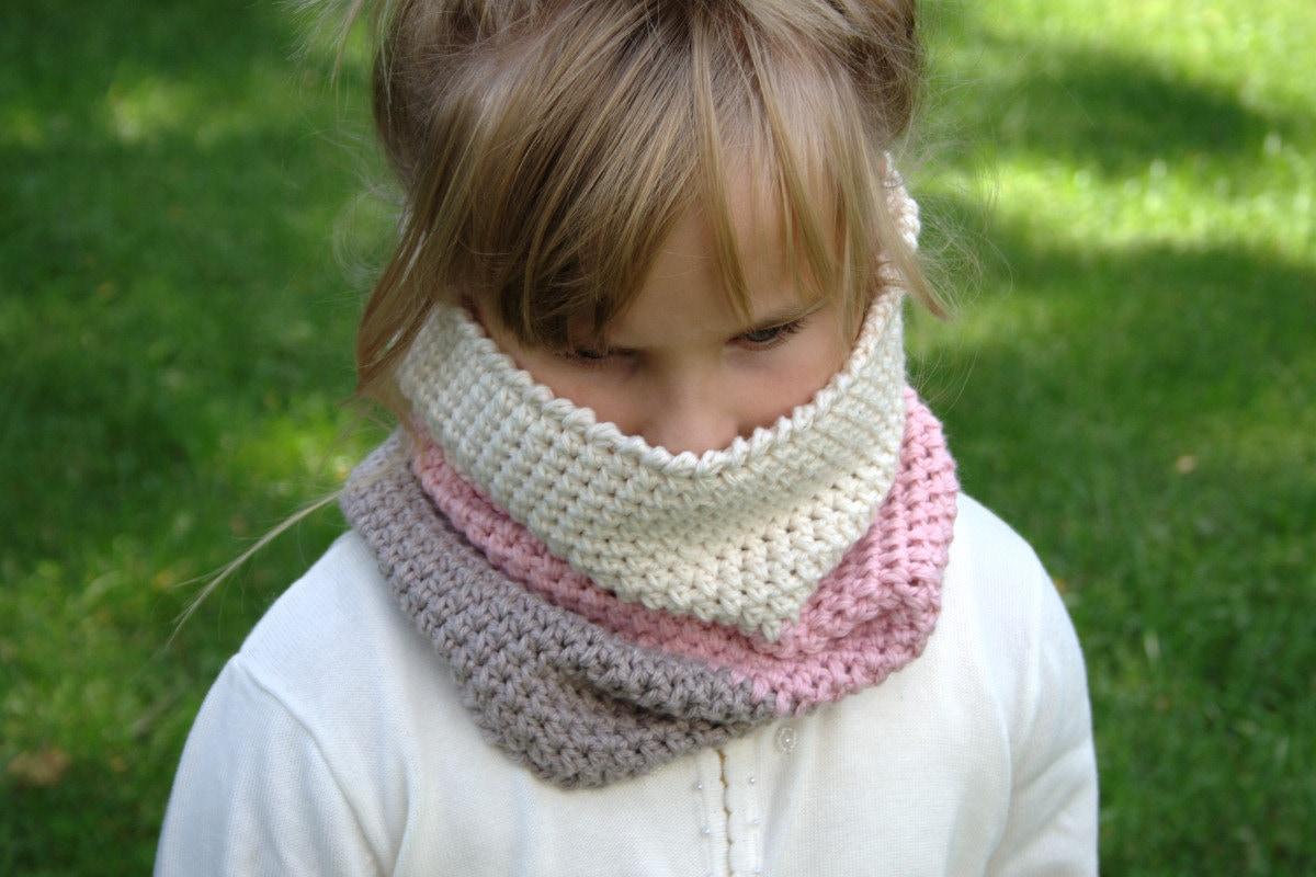 Crochet Pattern Child Cowl Pattern Neck Warmer Pattern