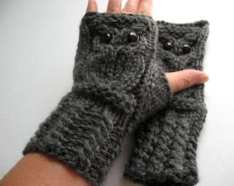 Owl Fingerless Gloves Mittens - Merino Wool Chunky - Charcoal Gray