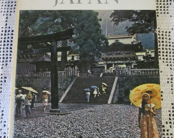Vintage English book on Japan / Vintage English Book on Japan