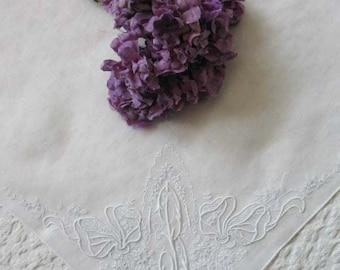 Vintage Madiera Hanky B Monogram Embroidery Wedding Keepsake Gift  Handkerchief Remembrance  Heirloom Romantic FREE SHIP US WhenRosesBloom
