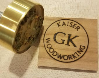 "2"" Round Custom Text w/Initials & Outline Branding Iron"
