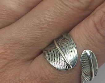 silver feather ring,feather ring,silver jewelry,adjustable ring,feather jewelry,bohemian ring,tribal ring,Feather wrapped ring,wrapped ring