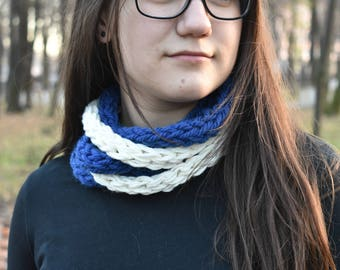 Scarf collar necklace from thin knit ribbons white & blue