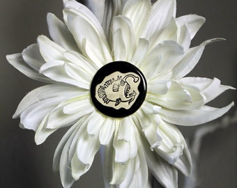 Anglerfish Flower Hair Clip in White
