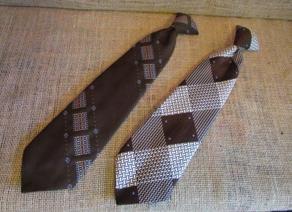 Vintage clip on ties, pair of vintage ties, Damon tie, Snappers tie, vintage brown ties, wide ties, wide clip on ties, vintage mens ties