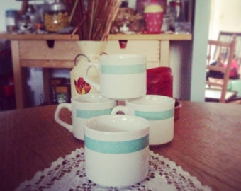 Cups vintage