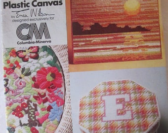 New World Of Plastic Canvas paper pattern booklet 1977 Used 49 pages good condition