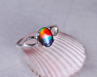 Rainbow Ammolite jewelry ring Rainbow.Gorgeous tricolour with amazing colour shifting qualities.