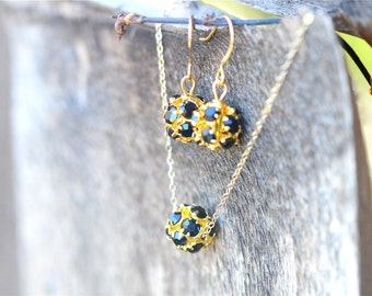 Gold and Black Crystal Bridesmaid Jewelry Gift Set, Bridesmaid jewelry Set, 14k Gold Rhinestone Necklace Earrings, Junior Bridesmaid Jewelry