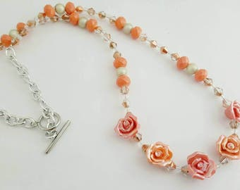 Rose necklace - Rose necklace silver - Summer necklace - Spring necklace - Rose jewelry - Flower necklace - Flower beads - Rose beads