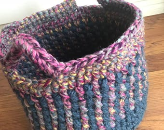 Fine Tooth Comb Crochet Basket - Medium crochet basket - Home Storage - Basket Organization - Toy Basket - Handmade