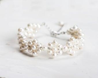 Ivory pearl bracelet Bridal bracelet White bracelet Silver bracelet Pearl bridal bracelet Freshwater pearls bracelet Wedding bracelet 694