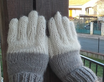 Nice pair of gloves, Brown and cream