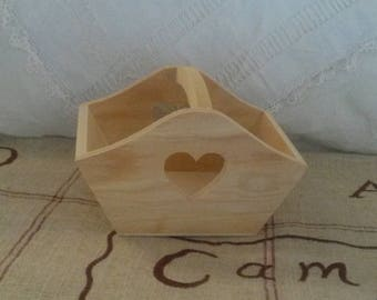 Decorate and customize wooden basket