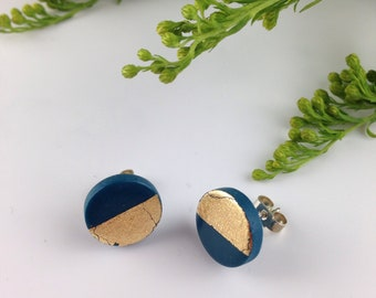 Polymer clay earrings - Blue and gold studs - minimalist earrings - silver earrings - polymer clay studs - round clay studs - small studs