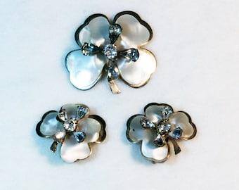 Vintage 1950s Kramer signed Shamrock brooch and earrings set mother of pearl rhinestones gold tone