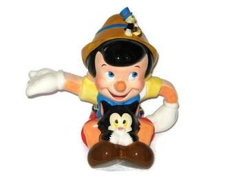 Walt Disney Pinocchio Teapot Figaro Jiminy Cricket Porcelain Figure Ceramic Figurine Large Tea Time 9 x 7.5 x 6.5 HEAVY LARGE Puppet