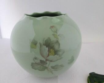 Vintage Glass Vanity Jar with Brass Tone Lid Vanity Box Clear