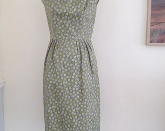 Vintage Frank Usher Occasion wear or Mother of the Bride Outfit this is very wearable for any Occasion with a beautifully fitting dress