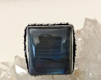 CLEARANCE * Labradorite Ring Size 8