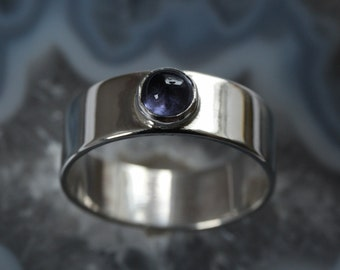 Silver ring with blue iolite - mm size