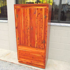 Genuine Solid CEDAR Murphy Armoire Wardrobe Closet Cabinet Chest With  Double Doors Full Length   1940u0027s
