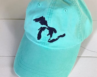 Lakes Are Great Hat