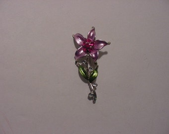 Vintage Pink Flower Brooch With Pink Rhinestones   2011 - 265