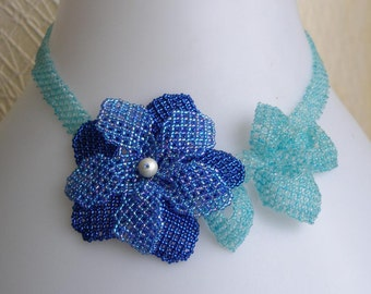 Beading pattern seed beaded Blue flower necklace netted flowers instructions beading netting stitch design tutorial pattern beadwork beads