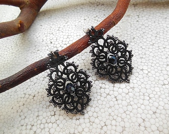 Black lace earrings, black tatted lace, tatting jewelry, goth accessorie, jewelry lace, gift for her, statement earrings,
