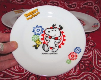 4 - Vintage Snoopy and Woodstock China Dessert Plates, 80s, Peanuts characters, UFS, tableware, dishes